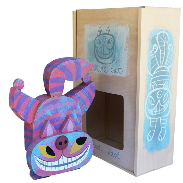 02-toys-wood-idol-por-amanda-visell-cheshire-cat