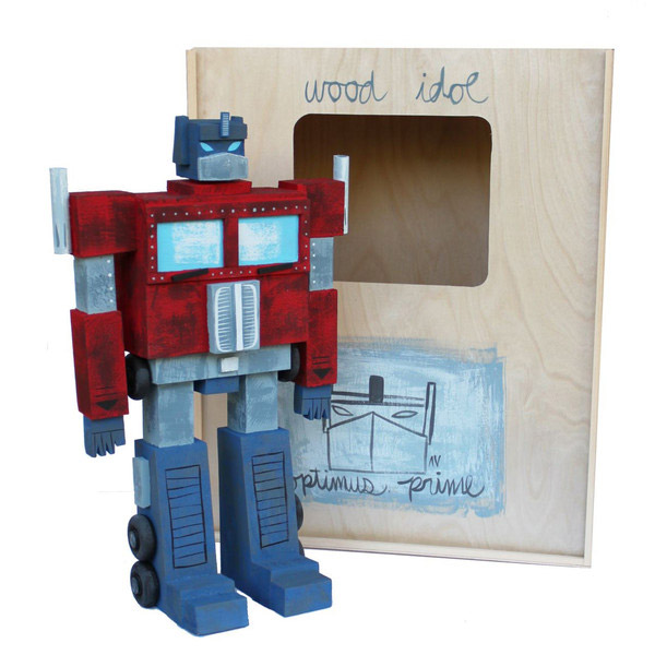 06-toys-wood-idol-por-amanda-visell-optimus-prime