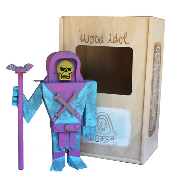 07-toys-wood-idol-por-amanda-visell-skeletor